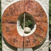 sluneční hodiny Strom detail